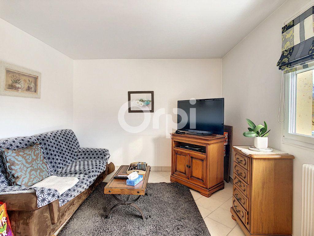 Appartement à vendre 3 62.23m2 à Crépy-en-Valois vignette-2