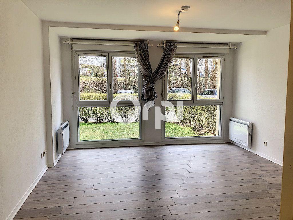 Appartement à louer 1 29.05m2 à Senlis vignette-2
