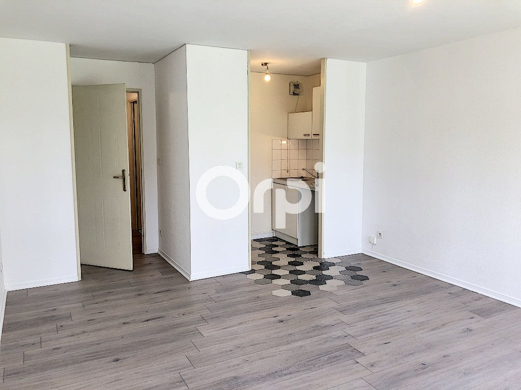 Appartement à louer 1 29.05m2 à Senlis vignette-4