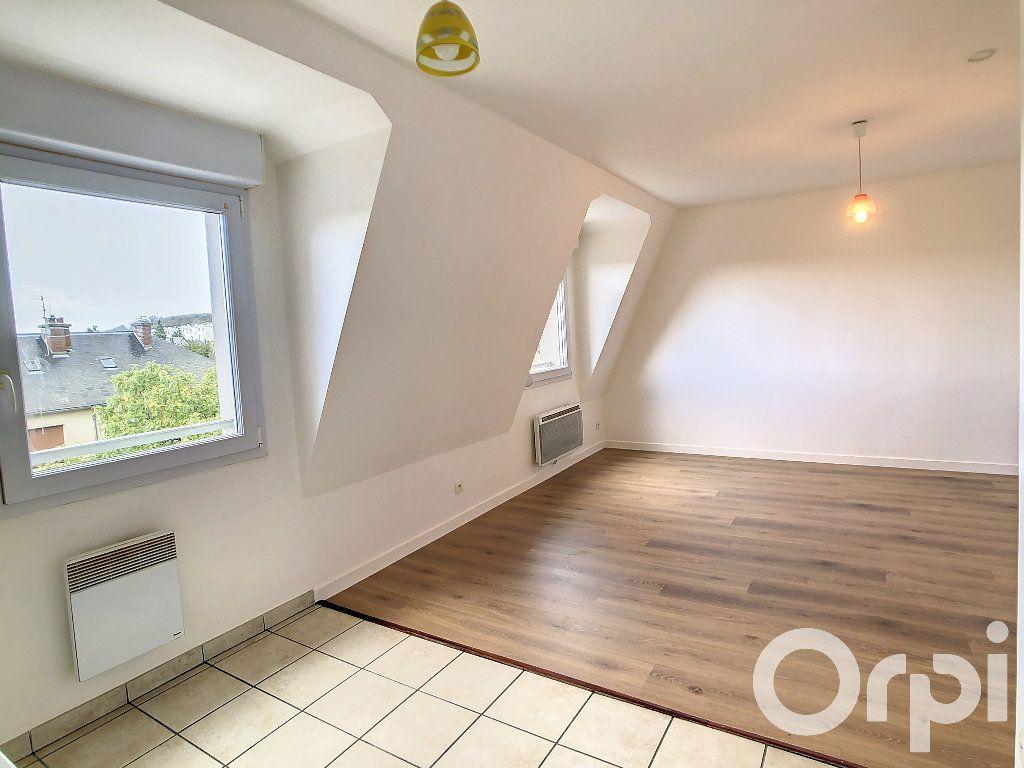Appartement à louer 1 30.5m2 à Villers-Cotterêts vignette-2