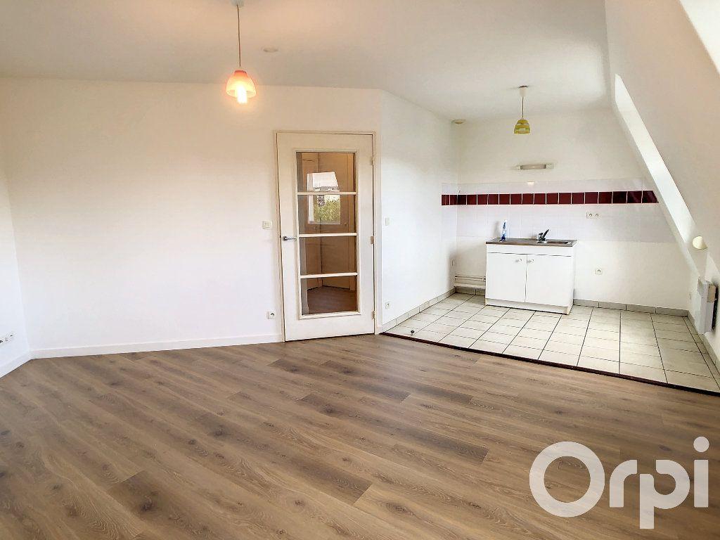 Appartement à louer 1 30.5m2 à Villers-Cotterêts vignette-4
