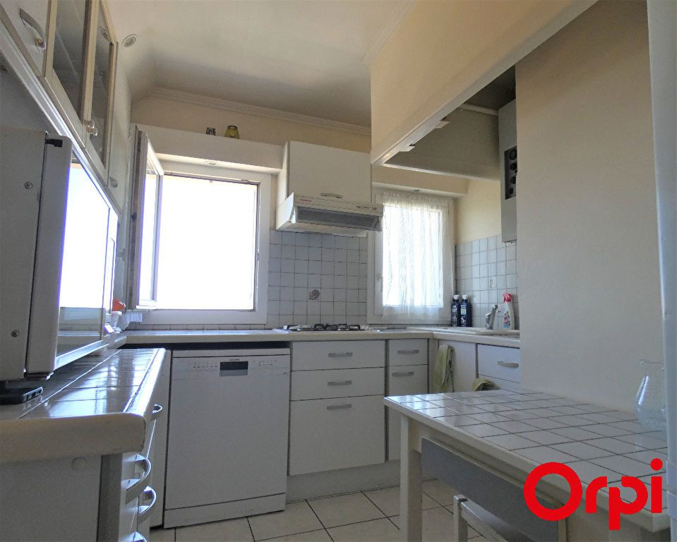 Appartement à vendre 4 76.18m2 à Marseille 12 vignette-4