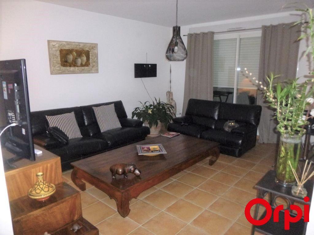 Appartement à vendre 3 65m2 à Marseille 13 vignette-3