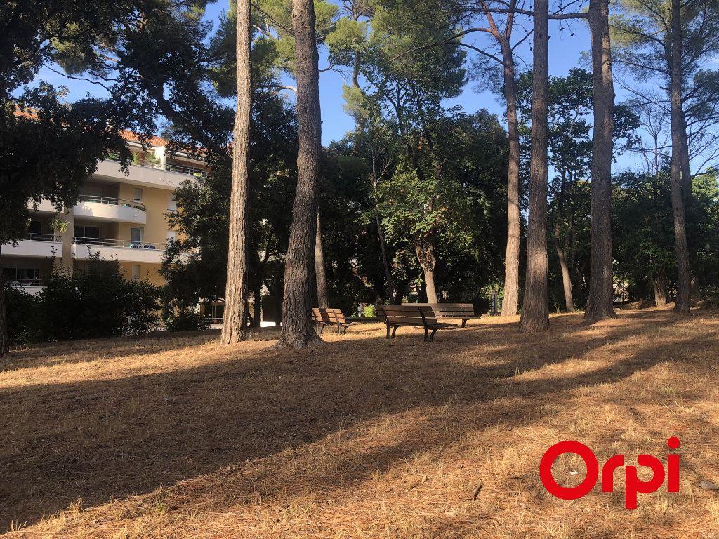 Appartement à vendre 3 70.14m2 à Marseille 9 vignette-1