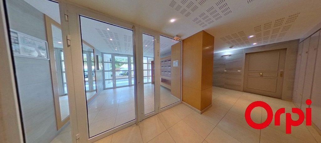 Appartement à vendre 3 70.14m2 à Marseille 9 vignette-11