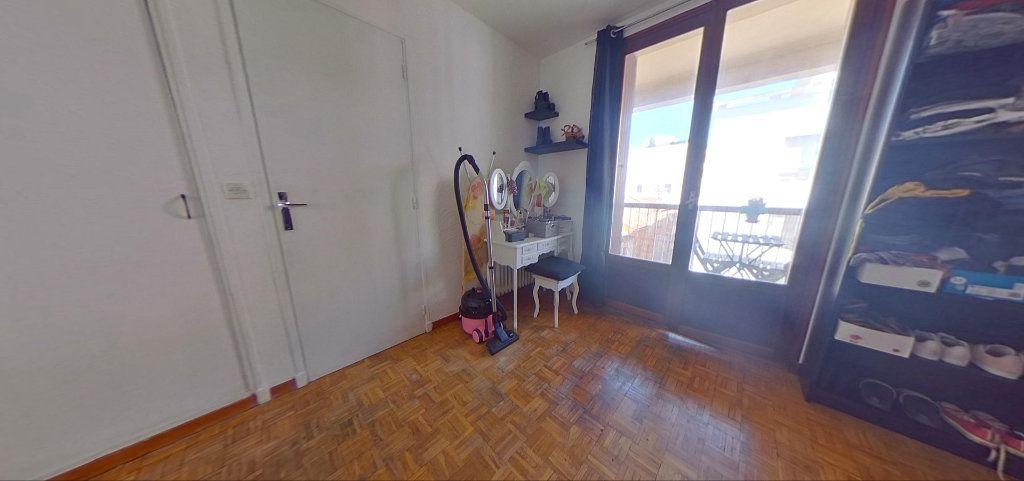 Appartement à vendre 4 76m2 à Marseille 10 vignette-6