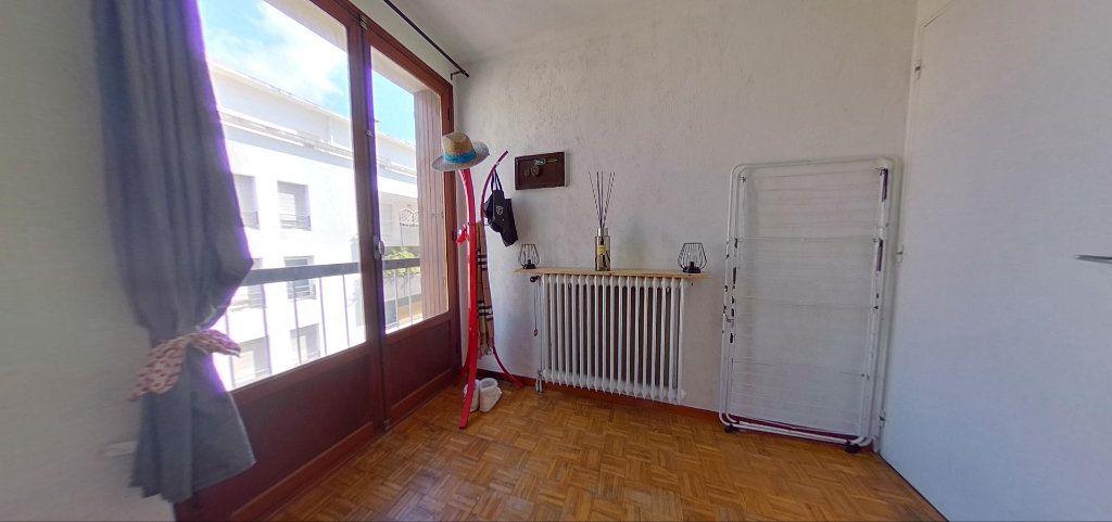 Appartement à vendre 4 76m2 à Marseille 10 vignette-8