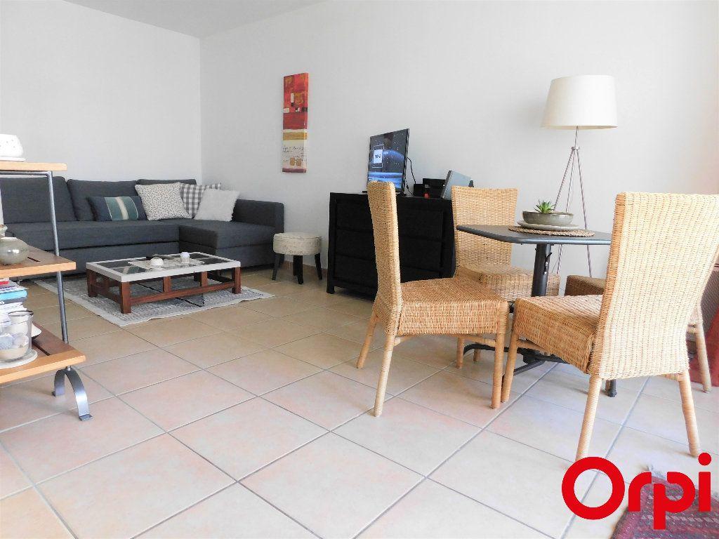 Appartement à vendre 2 41m2 à Marseille 8 vignette-3