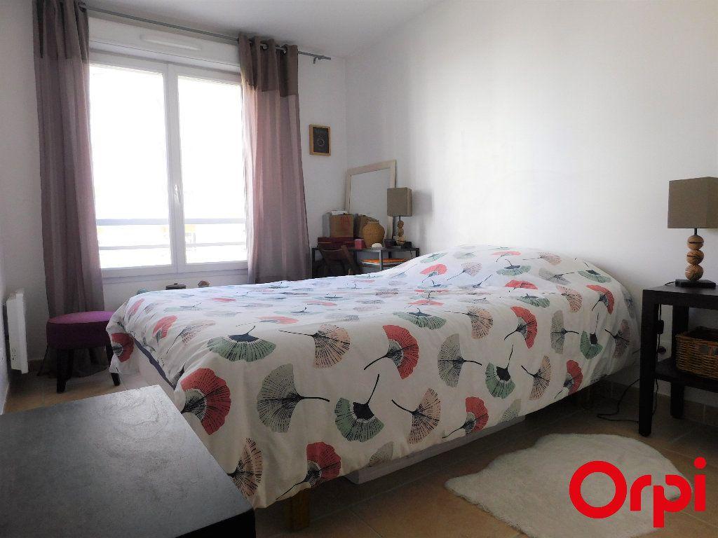 Appartement à vendre 2 41m2 à Marseille 8 vignette-6