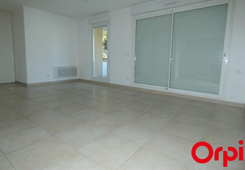 Appartement à vendre 2 46m2 à Marseille 13 vignette-2