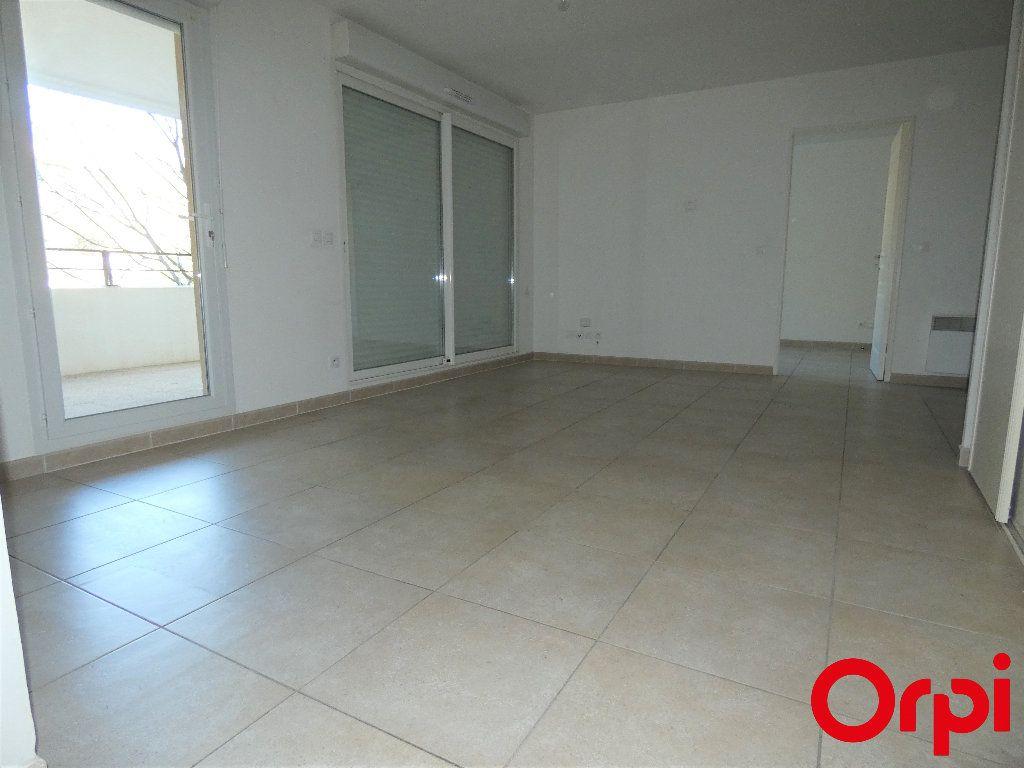 Appartement à vendre 2 46m2 à Marseille 13 vignette-3