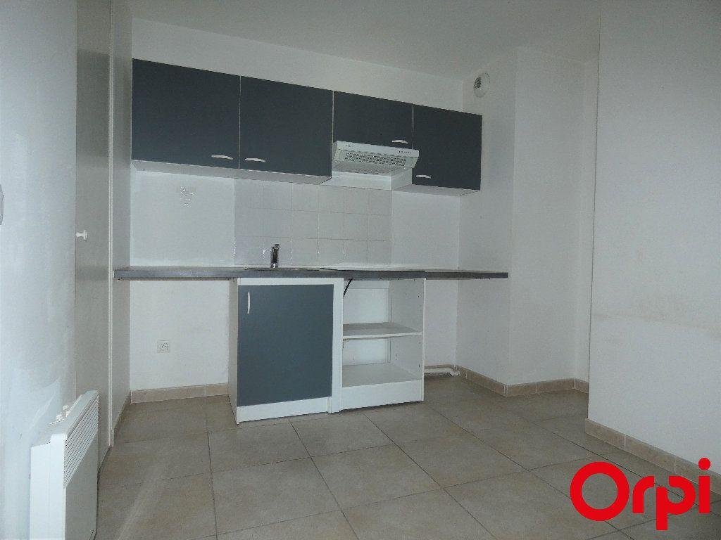 Appartement à vendre 2 46m2 à Marseille 13 vignette-4