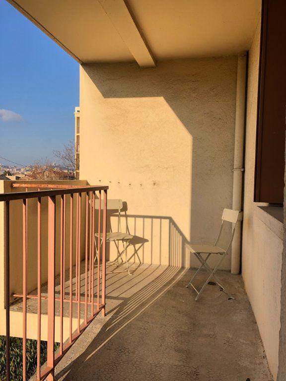 Appartement à louer 3 61.45m2 à Marseille 10 vignette-11