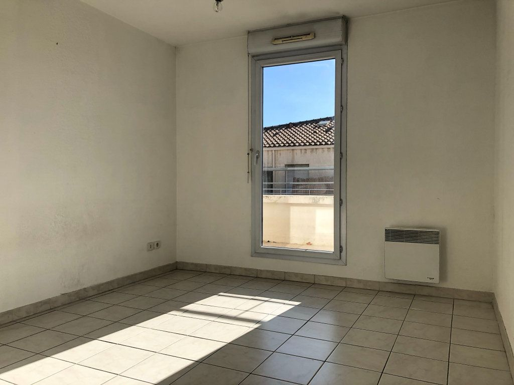 Appartement à louer 2 48.73m2 à Marseille 8 vignette-5