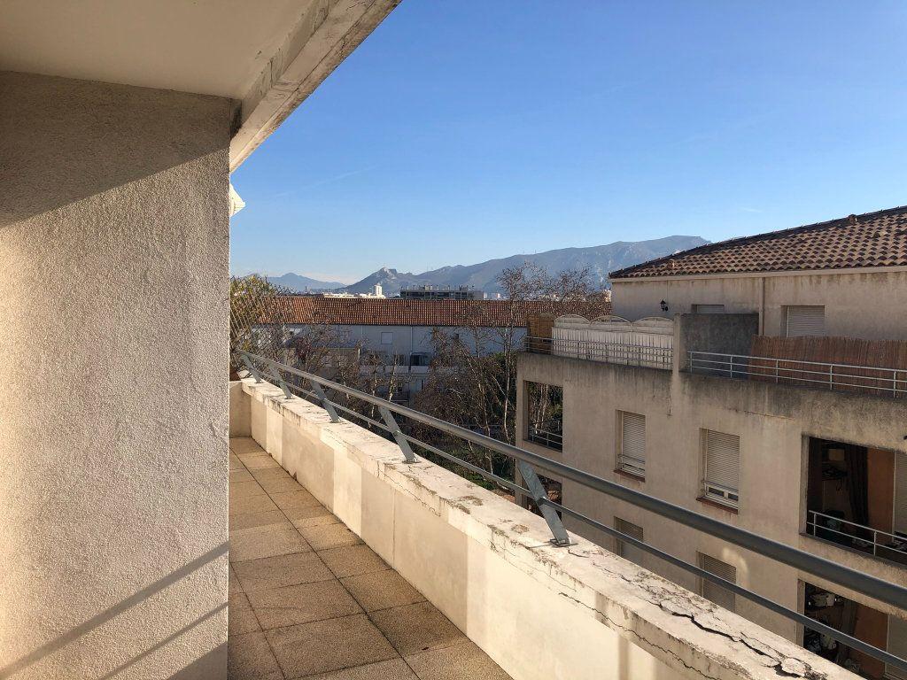 Appartement à louer 2 48.73m2 à Marseille 8 vignette-9