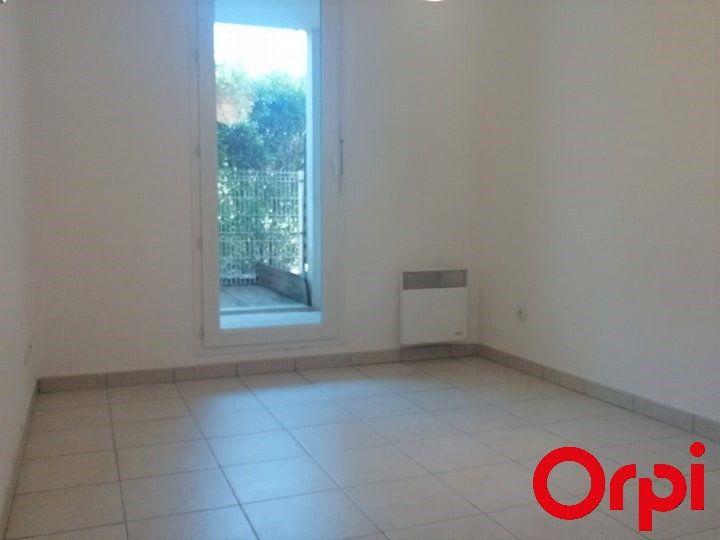 Appartement à vendre 2 37m2 à Marseille 9 vignette-4