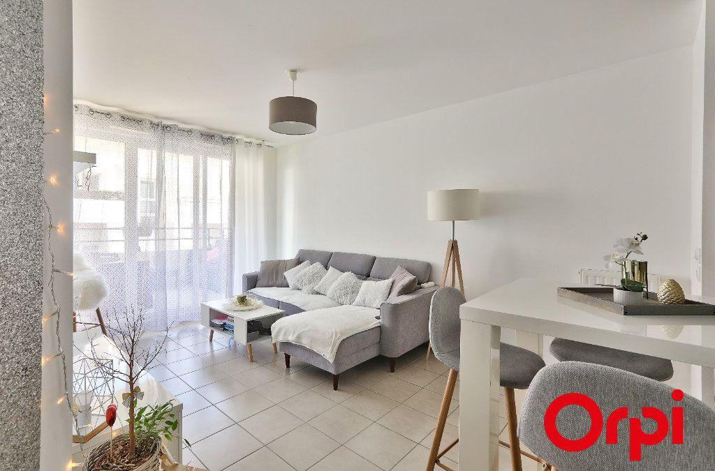 Appartement à vendre 3 55m2 à Marseille 9 vignette-2