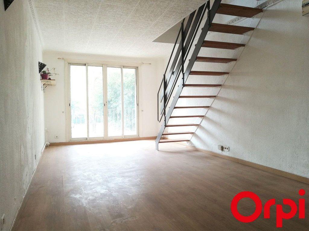 Appartement à vendre 2 41m2 à Marseille 5 vignette-2