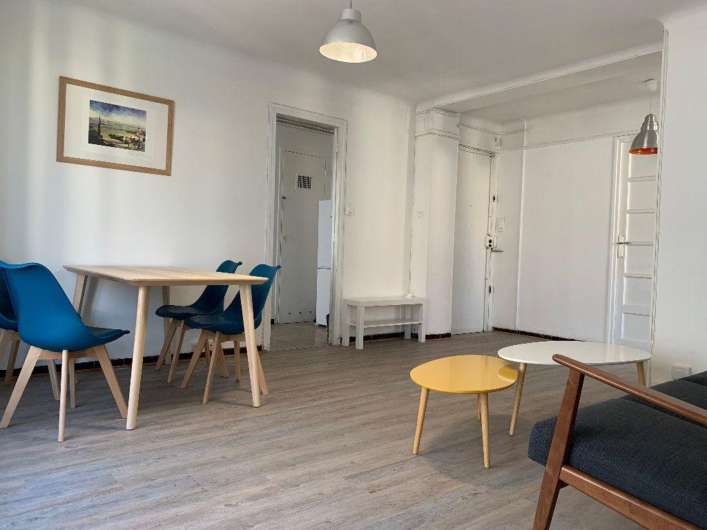 Appartement à vendre 4 68m2 à Marseille 4 vignette-1