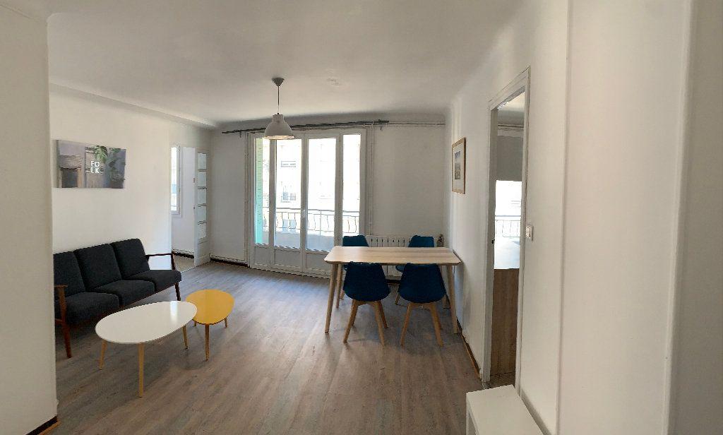 Appartement à vendre 4 68m2 à Marseille 4 vignette-2