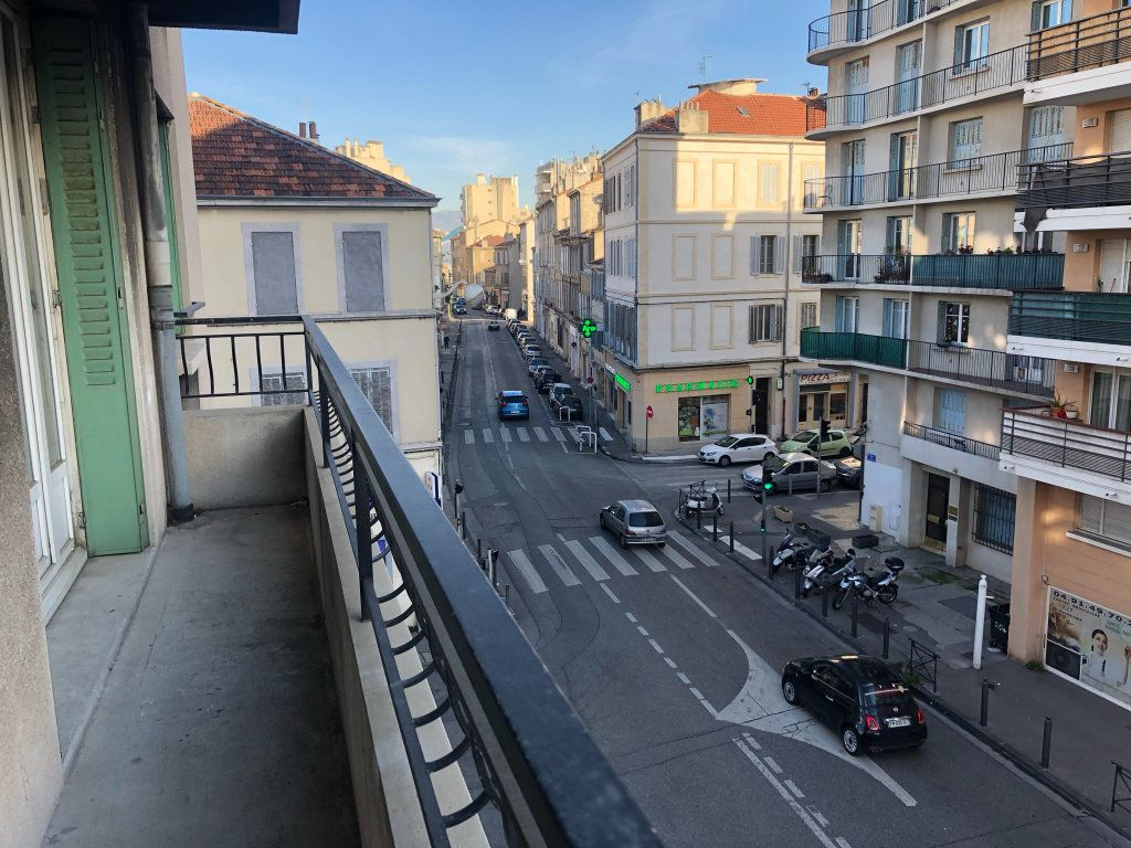 Appartement à vendre 4 68m2 à Marseille 4 vignette-10