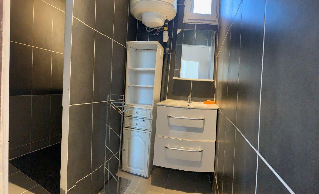 Appartement à louer 2 40.46m2 à Marseille 8 vignette-6