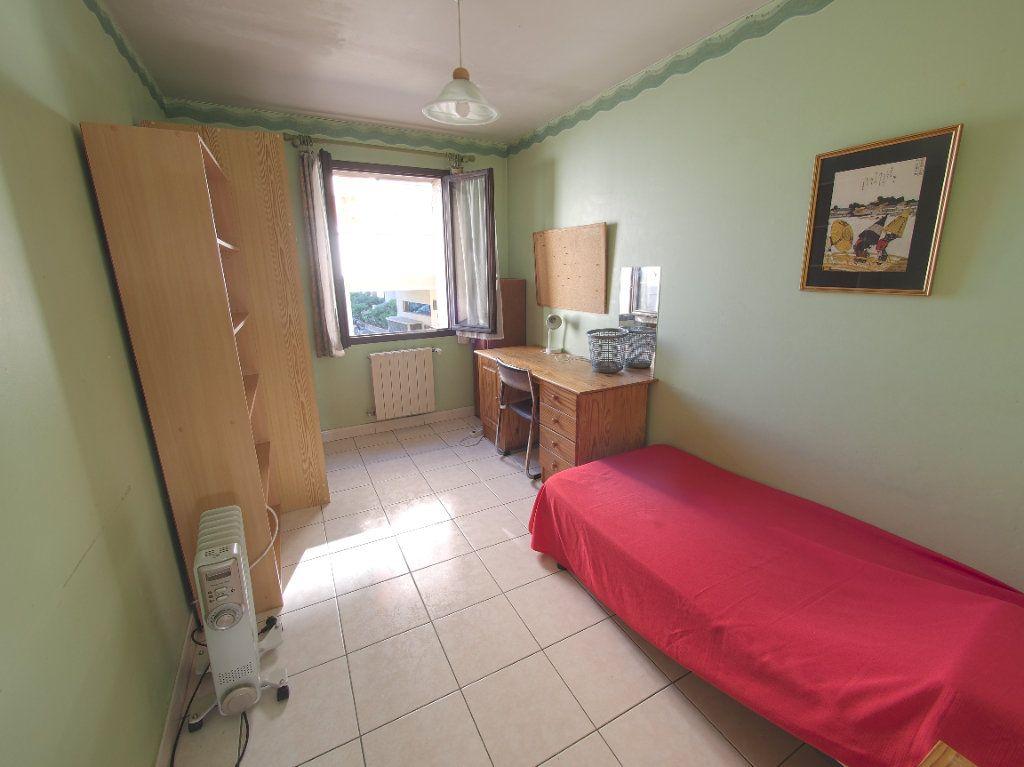 Appartement à louer 2 59.34m2 à Marseille 8 vignette-3