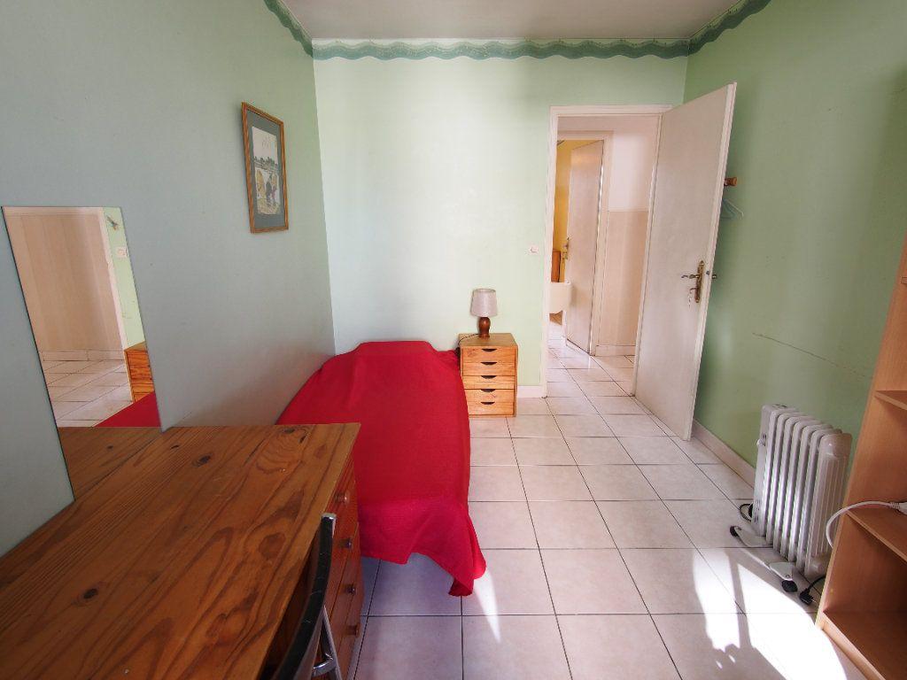 Appartement à louer 2 59.34m2 à Marseille 8 vignette-4