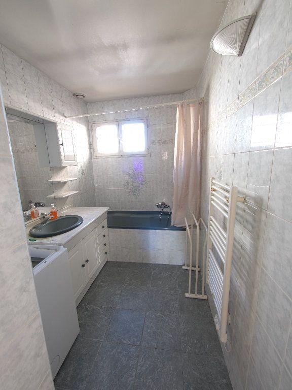 Appartement à louer 2 59.34m2 à Marseille 8 vignette-7
