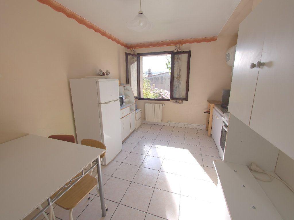 Appartement à louer 2 59.34m2 à Marseille 8 vignette-9