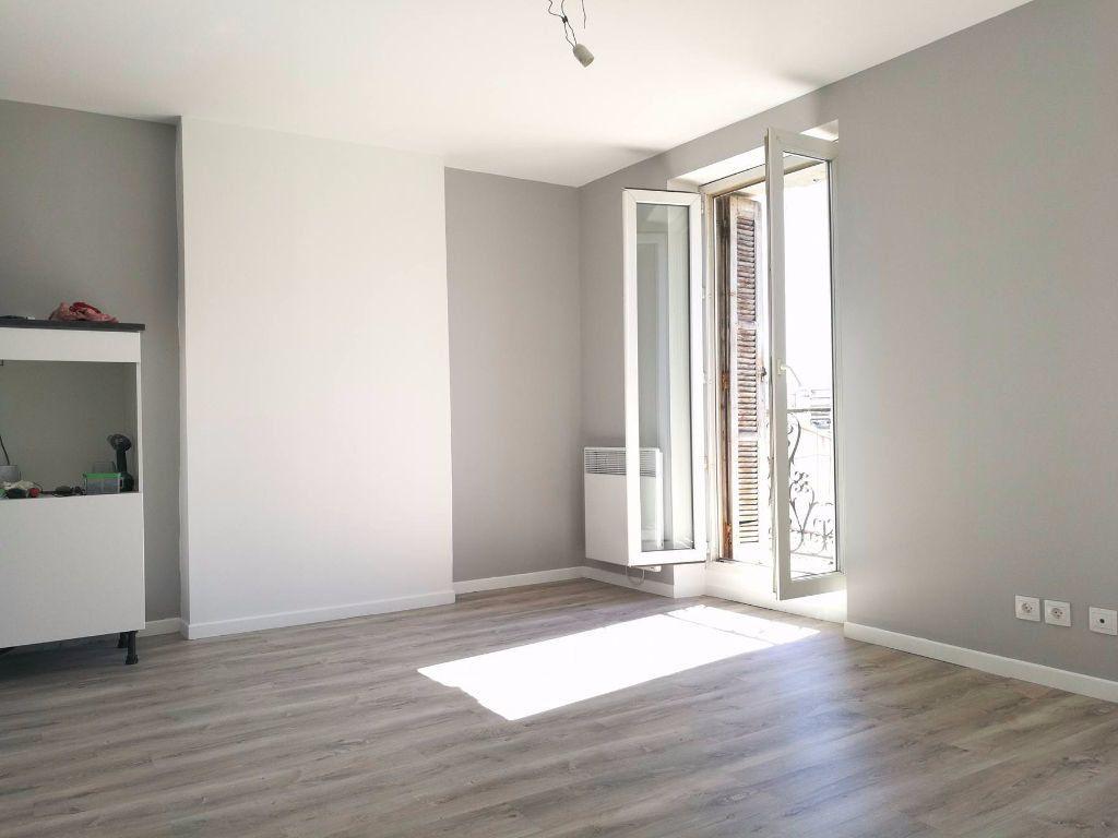 Appartement à louer 2 35.48m2 à Marseille 5 vignette-5