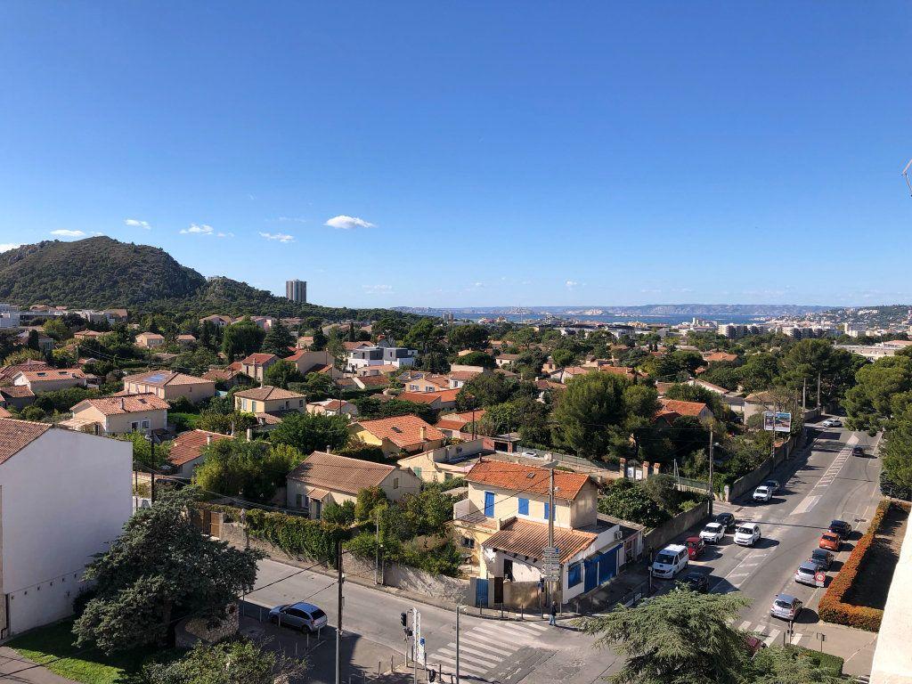 Appartement à louer 3 66m2 à Marseille 9 vignette-11