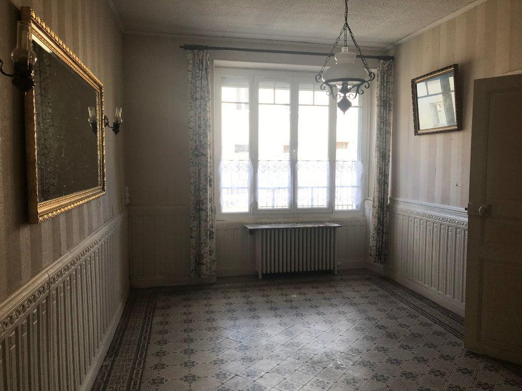 Maison à vendre 5 102m2 à Trun vignette-2