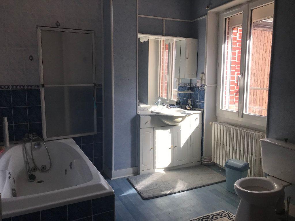 Maison à vendre 5 102m2 à Trun vignette-9