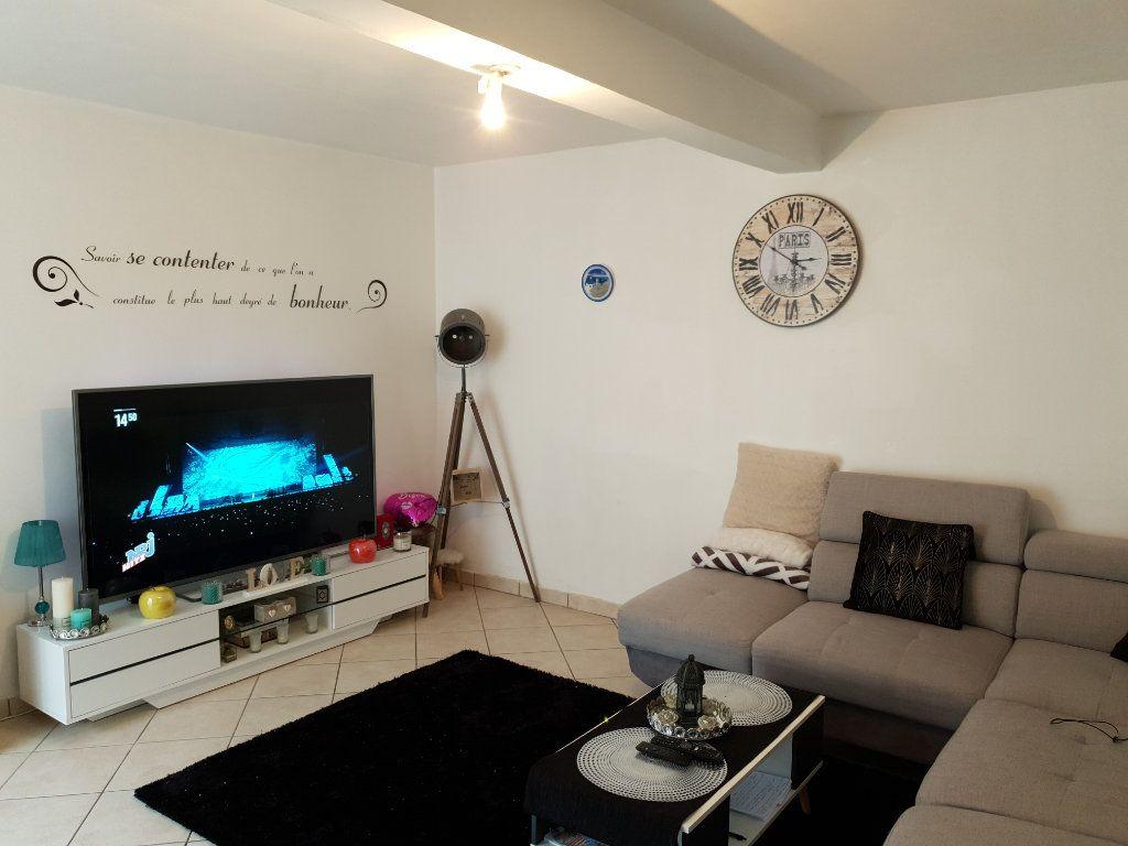 Maison à vendre 3 81m2 à Argentan vignette-2