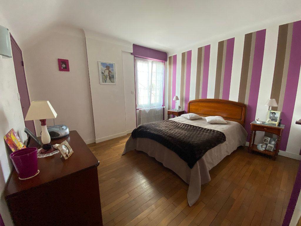 Maison à vendre 5 129.27m2 à Argentan vignette-9