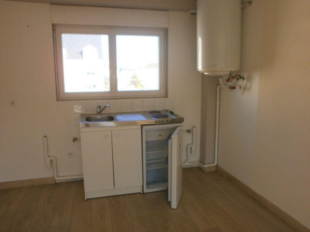 Appartement à louer 2 42m2 à Argentan vignette-2