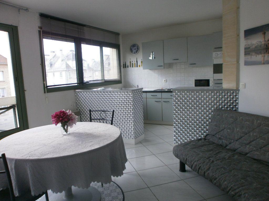 Appartement à louer 2 46.4m2 à Argentan vignette-2