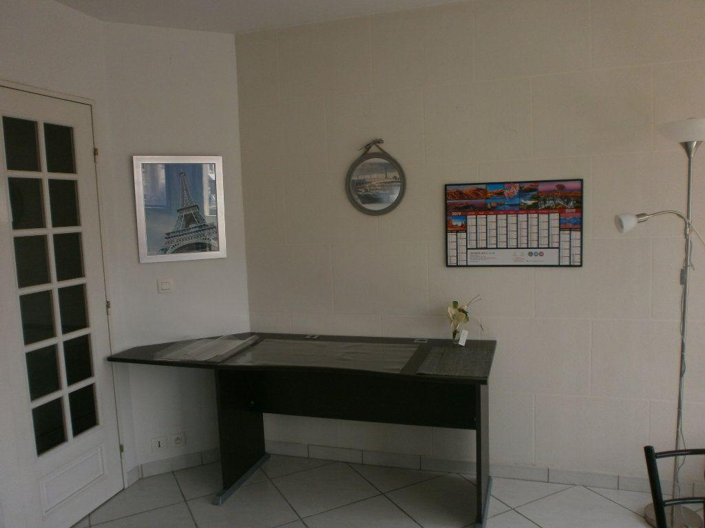 Appartement à louer 2 46.4m2 à Argentan vignette-5