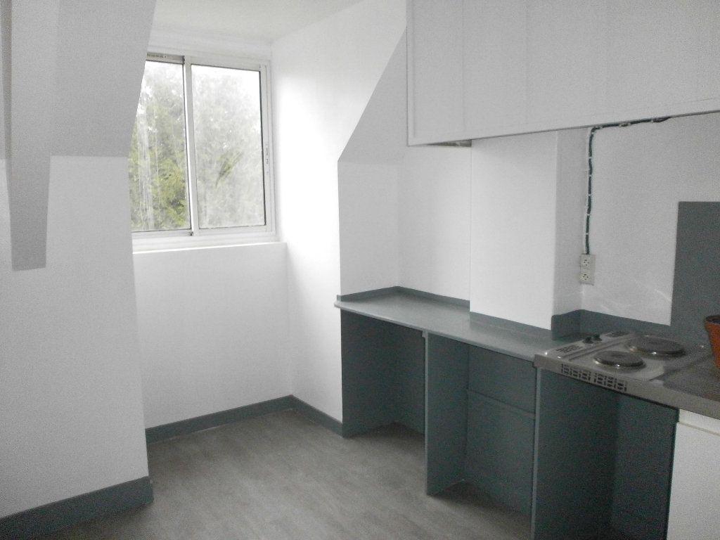 Appartement à louer 1 24m2 à Argentan vignette-1