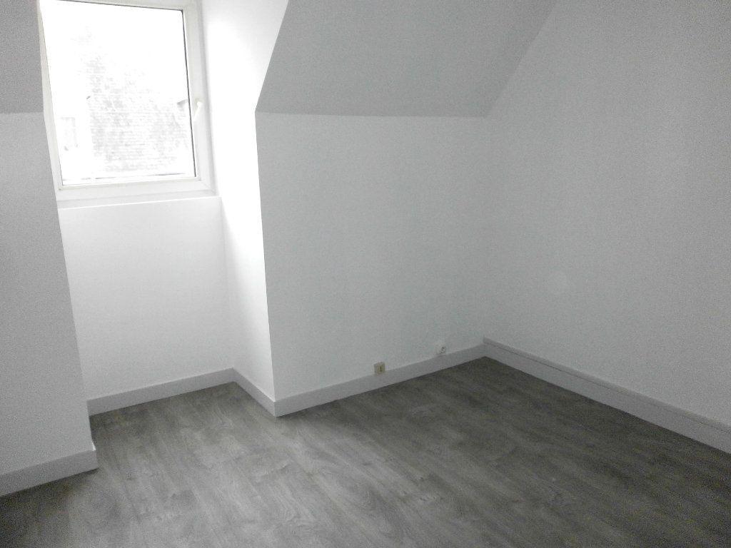 Appartement à louer 1 24m2 à Argentan vignette-2