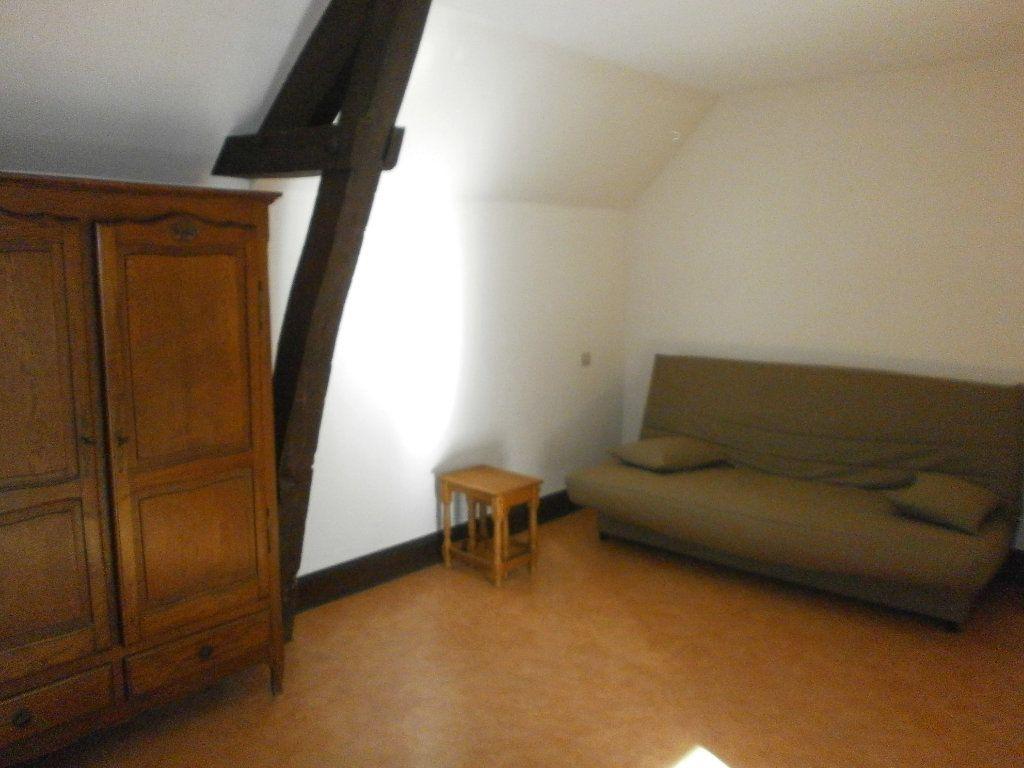 Appartement à louer 1 17m2 à Argentan vignette-2