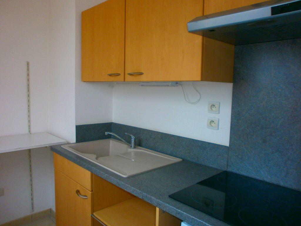 Appartement à louer 1 29m2 à Argentan vignette-4