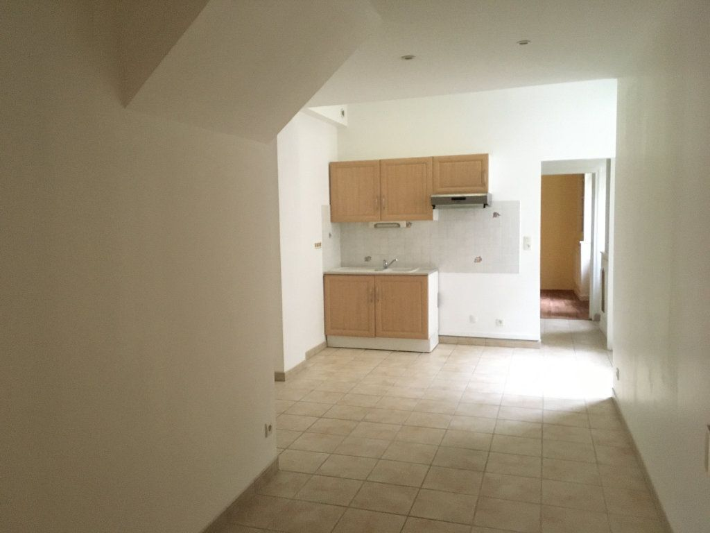 Appartement à louer 2 35m2 à Écouché vignette-1
