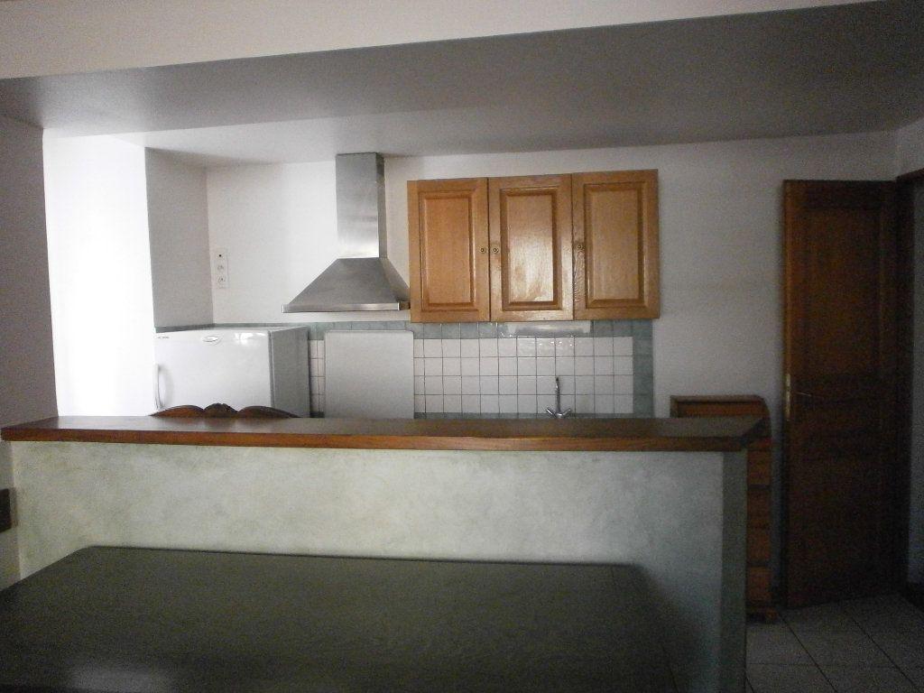 Maison à louer 3 60m2 à Boucé vignette-3
