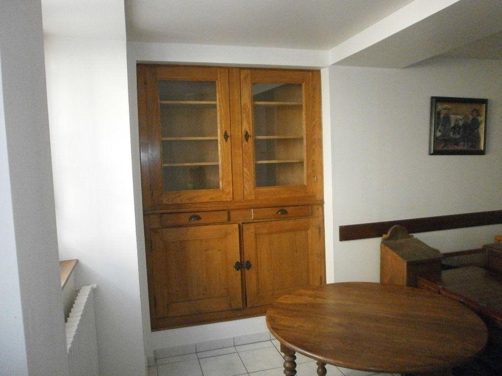 Maison à louer 3 60m2 à Boucé vignette-4