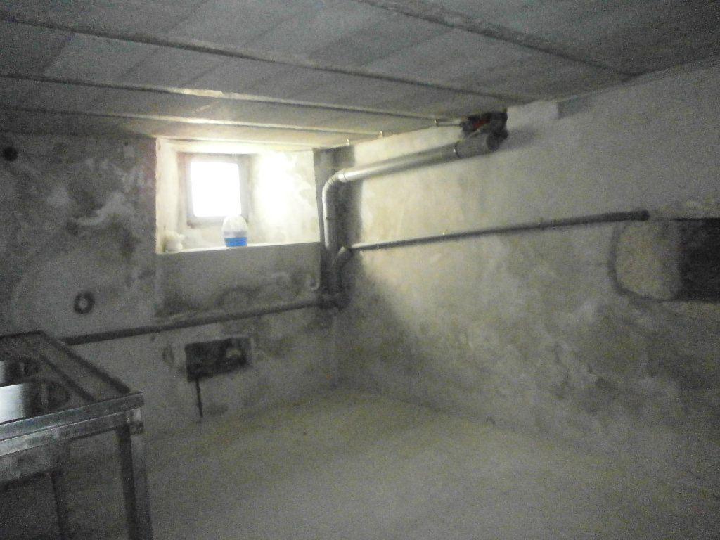 Maison à louer 3 60m2 à Boucé vignette-8