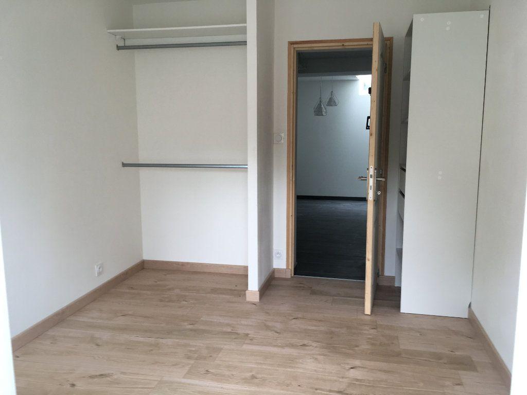 Appartement à louer 2 36m2 à Argentan vignette-3