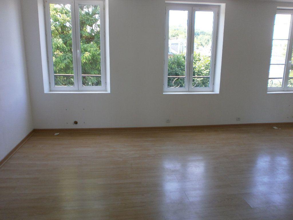 Appartement à louer 3 37.49m2 à Vimoutiers vignette-1