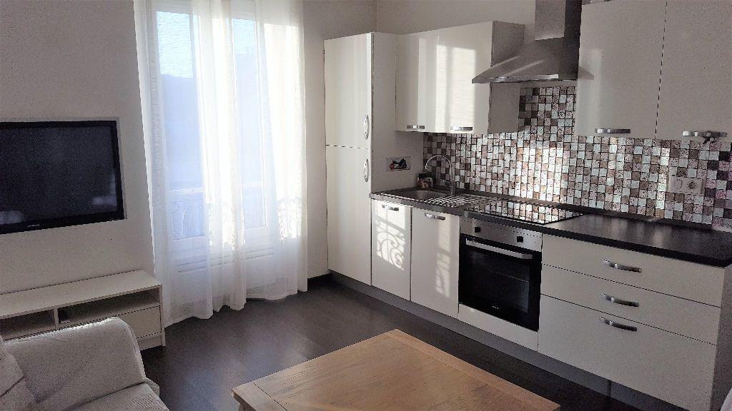Appartement à louer 2 32.26m2 à Villemomble vignette-1